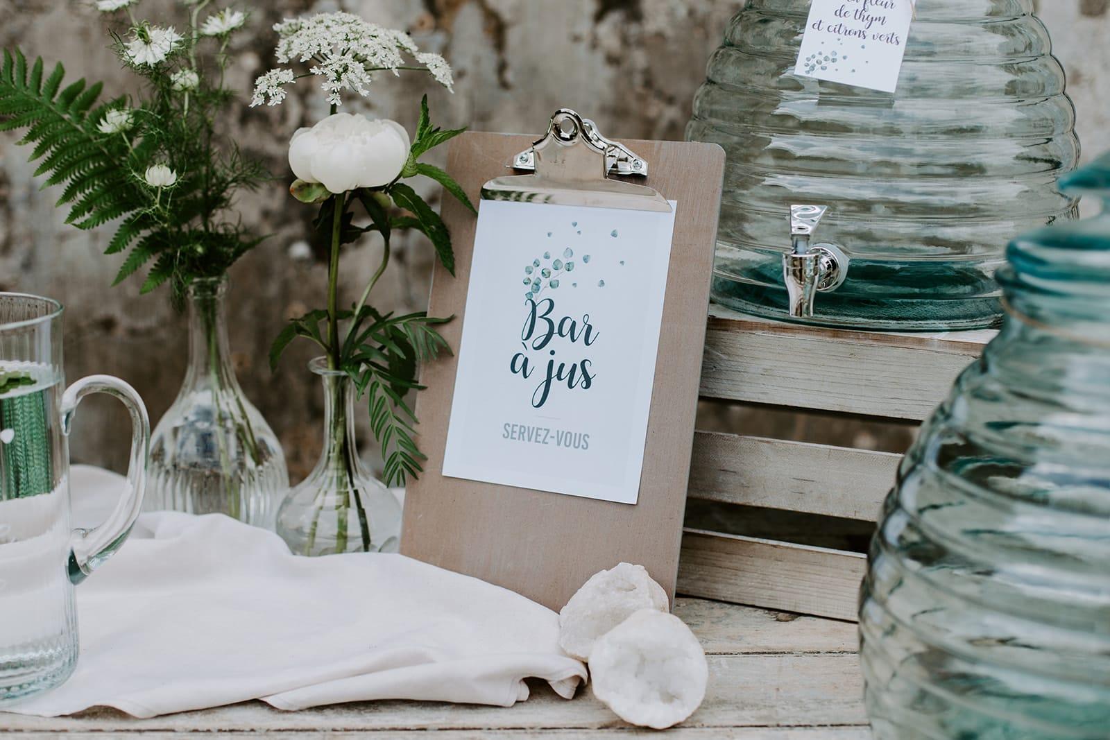 mariage_chateau_la_flocelliere_vendee_flavie_nelly_photographe-101-obonheurdesdames-decoration-mariage-location-vegetal