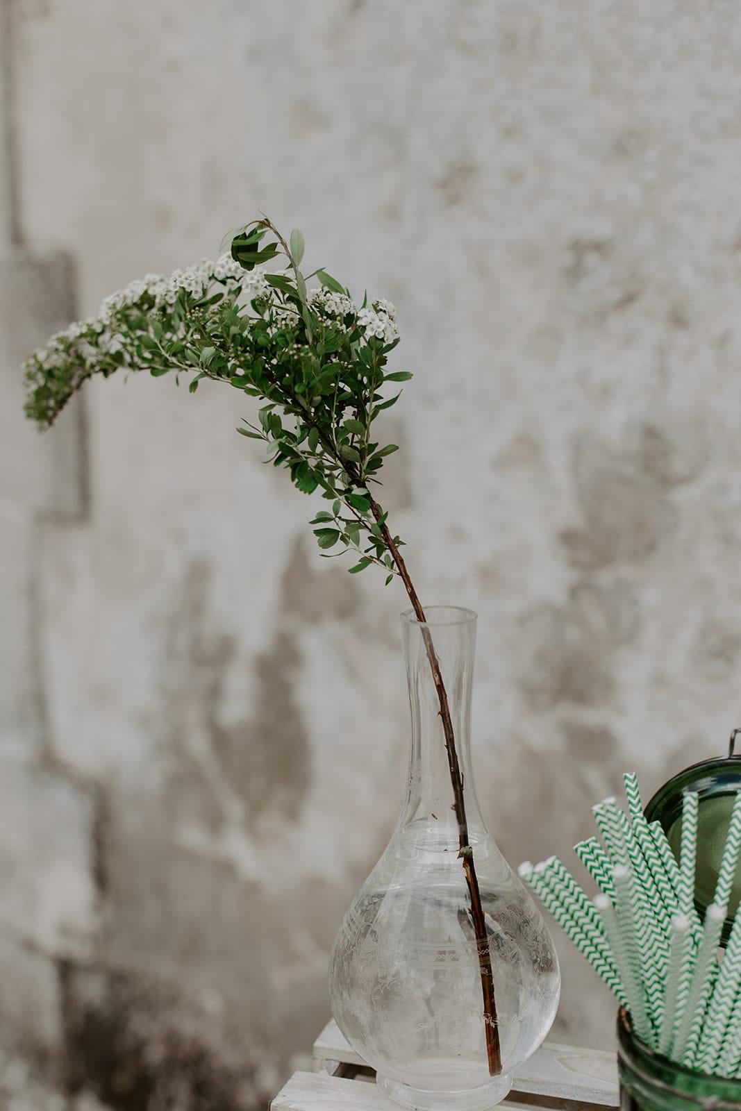 mariage_chateau_la_flocelliere_vendee_flavie_nelly_photographe-105-obonheurdesdames-decoration-mariage-location-vegetal