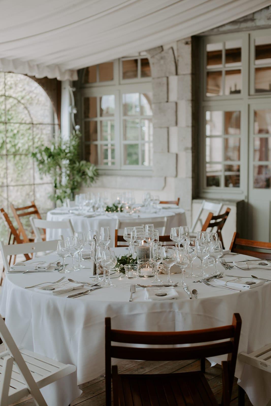 mariage_chateau_la_flocelliere_vendee_flavie_nelly_photographe-11-obonheurdesdames-decoration-mariage-location-vegetal