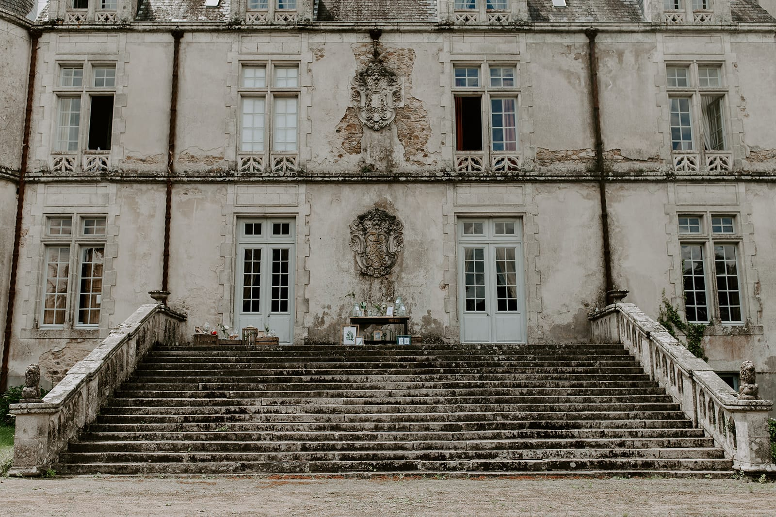 mariage_chateau_la_flocelliere_vendee_flavie_nelly_photographe-115-obonheurdesdames-decoration-mariage-location-vegetal