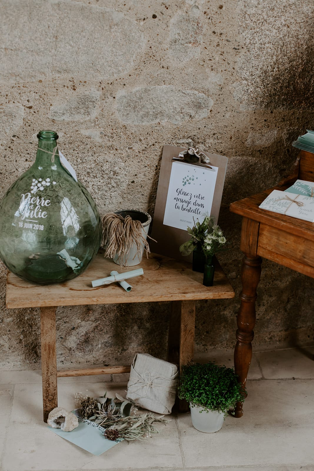 mariage_chateau_la_flocelliere_vendee_flavie_nelly_photographe-118-obonheurdesdames-decoration-mariage-location-vegetal