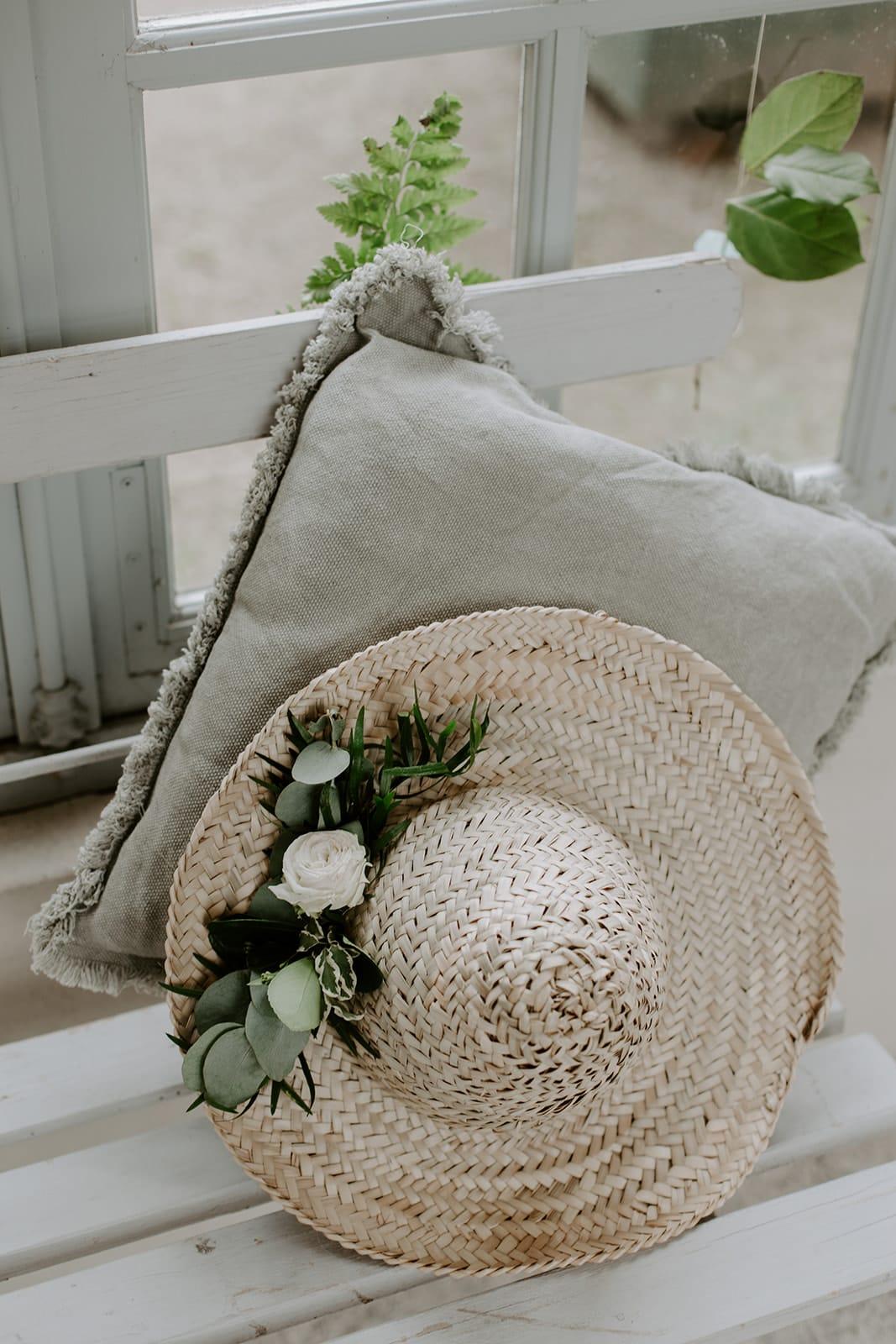 mariage_chateau_la_flocelliere_vendee_flavie_nelly_photographe-128-obonheurdesdames-decoration-mariage-location-vegetal