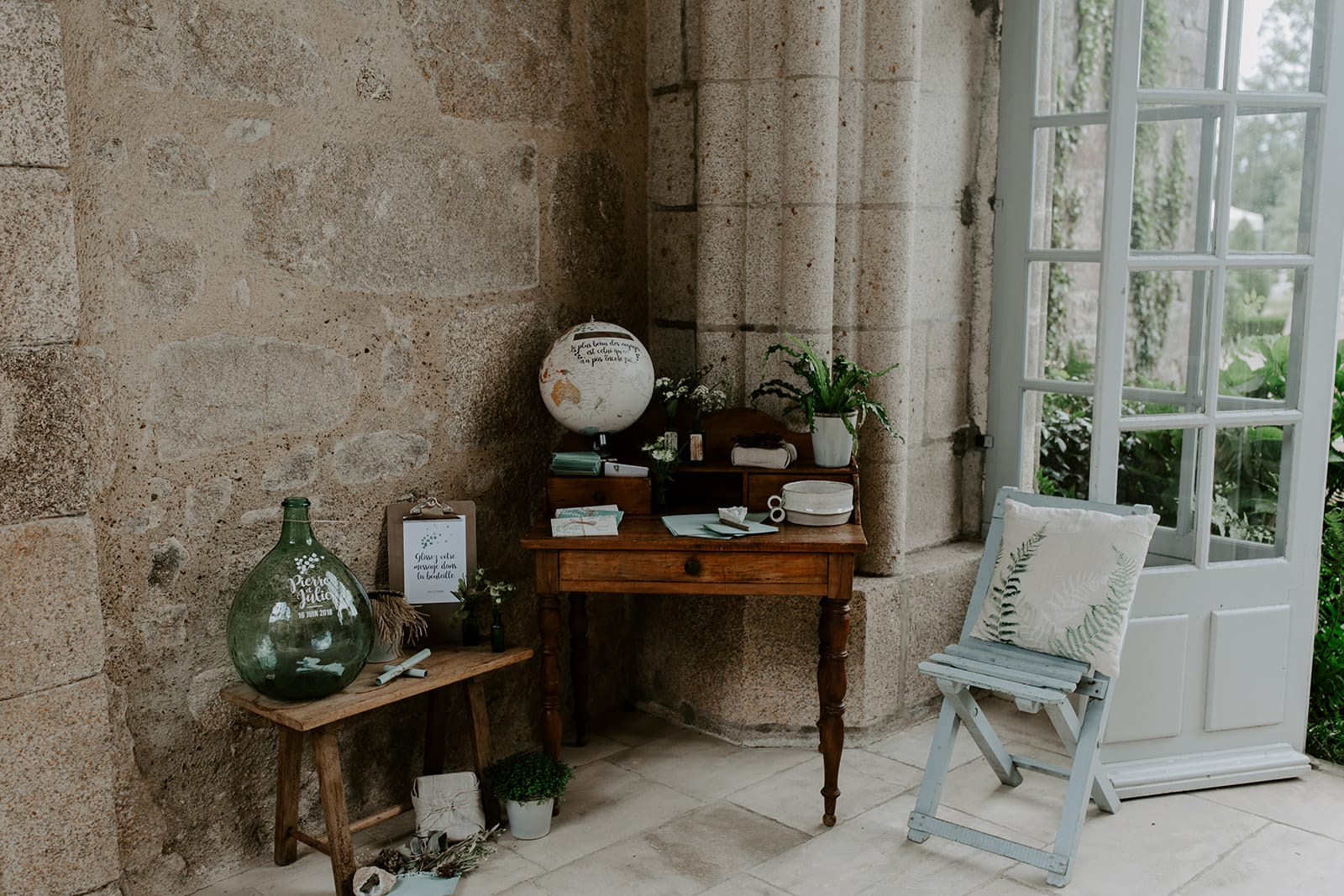 mariage_chateau_la_flocelliere_vendee_flavie_nelly_photographe-130-obonheurdesdames-decoration-mariage-location-vegetal
