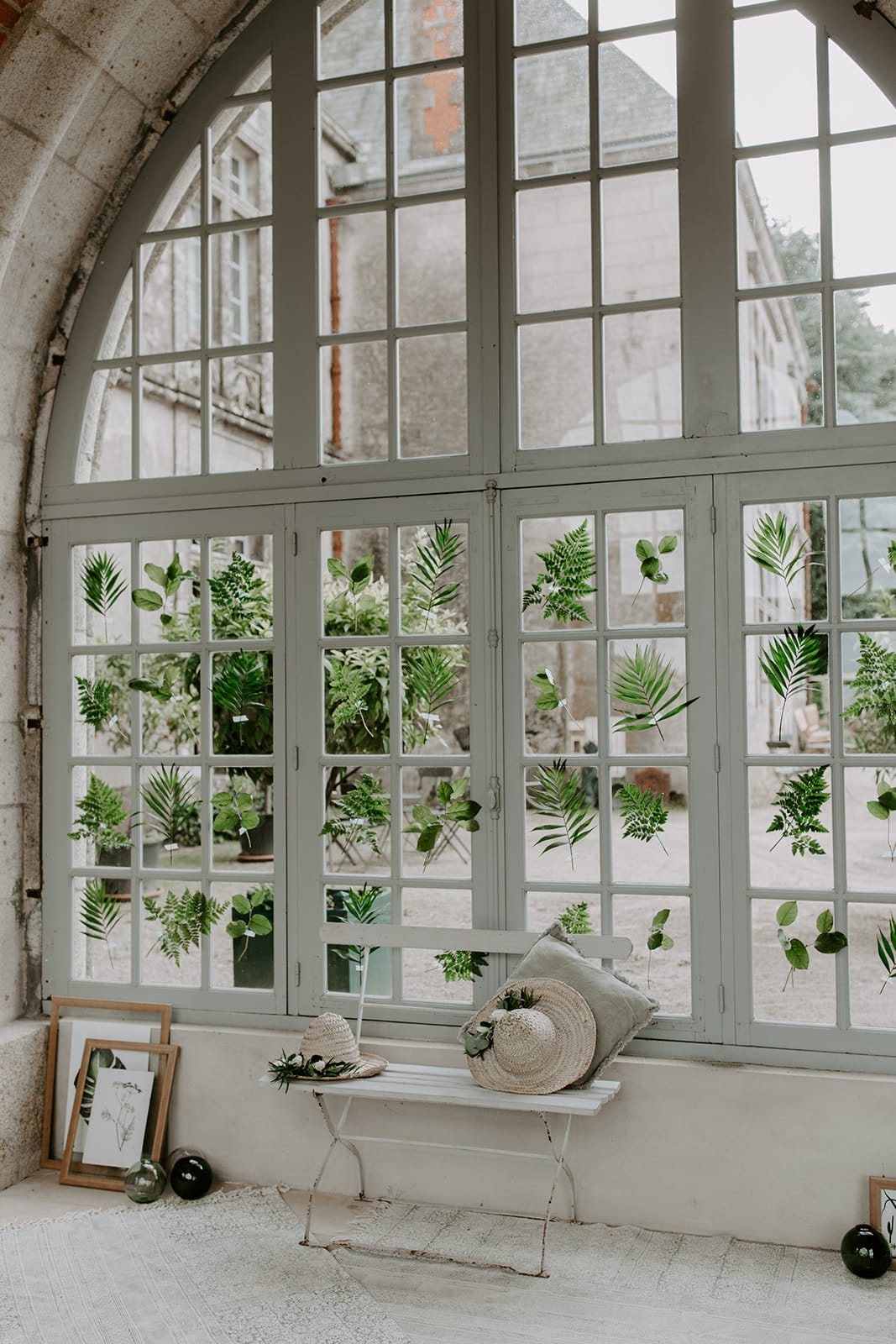 mariage_chateau_la_flocelliere_vendee_flavie_nelly_photographe-132-obonheurdesdames-decoration-mariage-location-vegetal