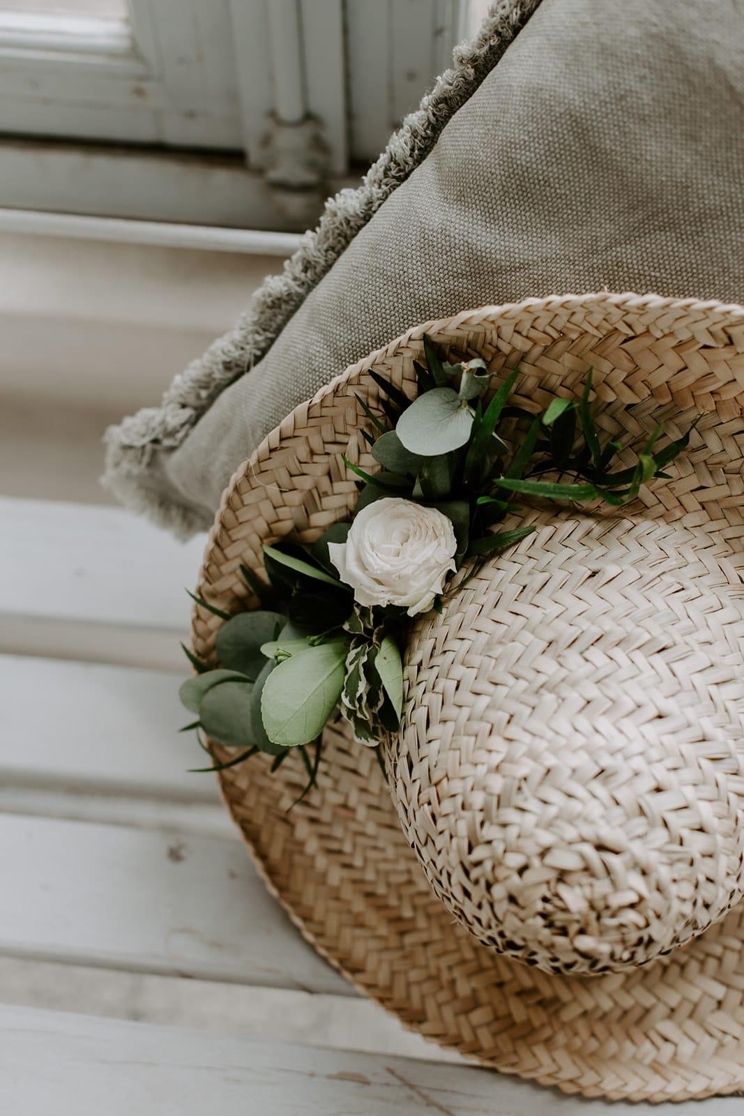 mariage_chateau_la_flocelliere_vendee_flavie_nelly_photographe-140-obonheurdesdames-decoration-mariage-location-vegetal