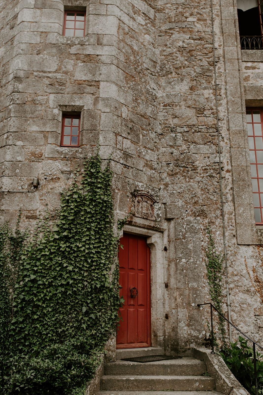 mariage_chateau_la_flocelliere_vendee_flavie_nelly_photographe-159-obonheurdesdames-decoration-mariage-location-vegetal