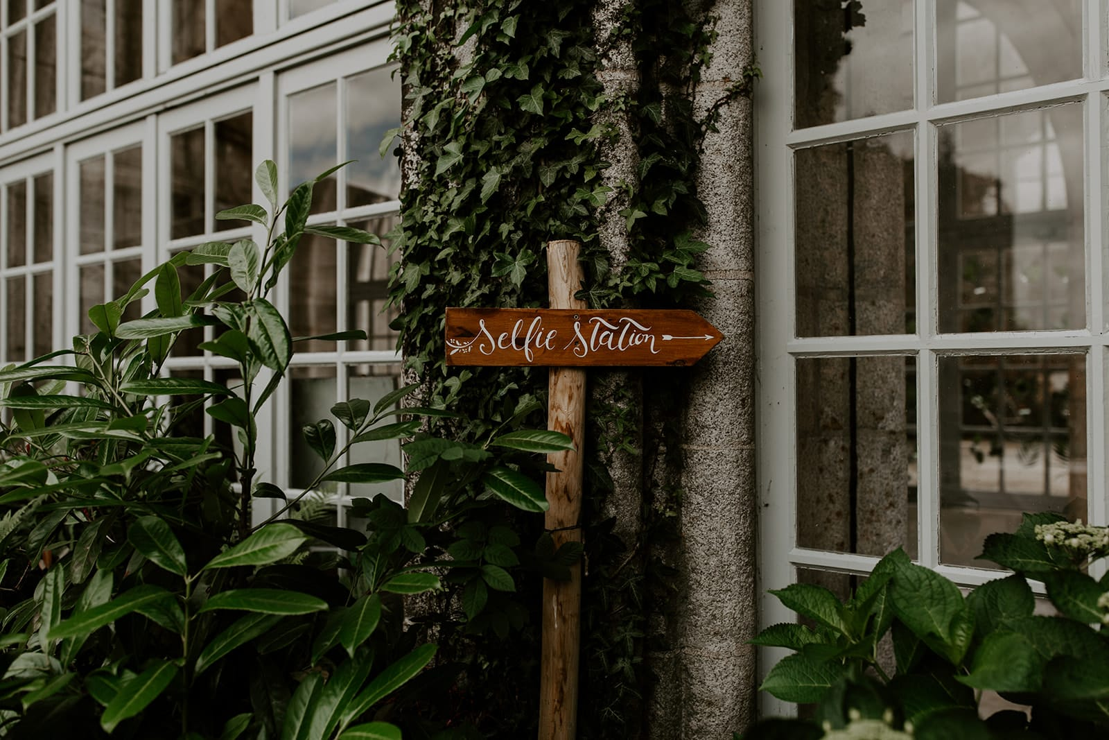mariage_chateau_la_flocelliere_vendee_flavie_nelly_photographe-160-obonheurdesdames-decoration-mariage-location-vegetal