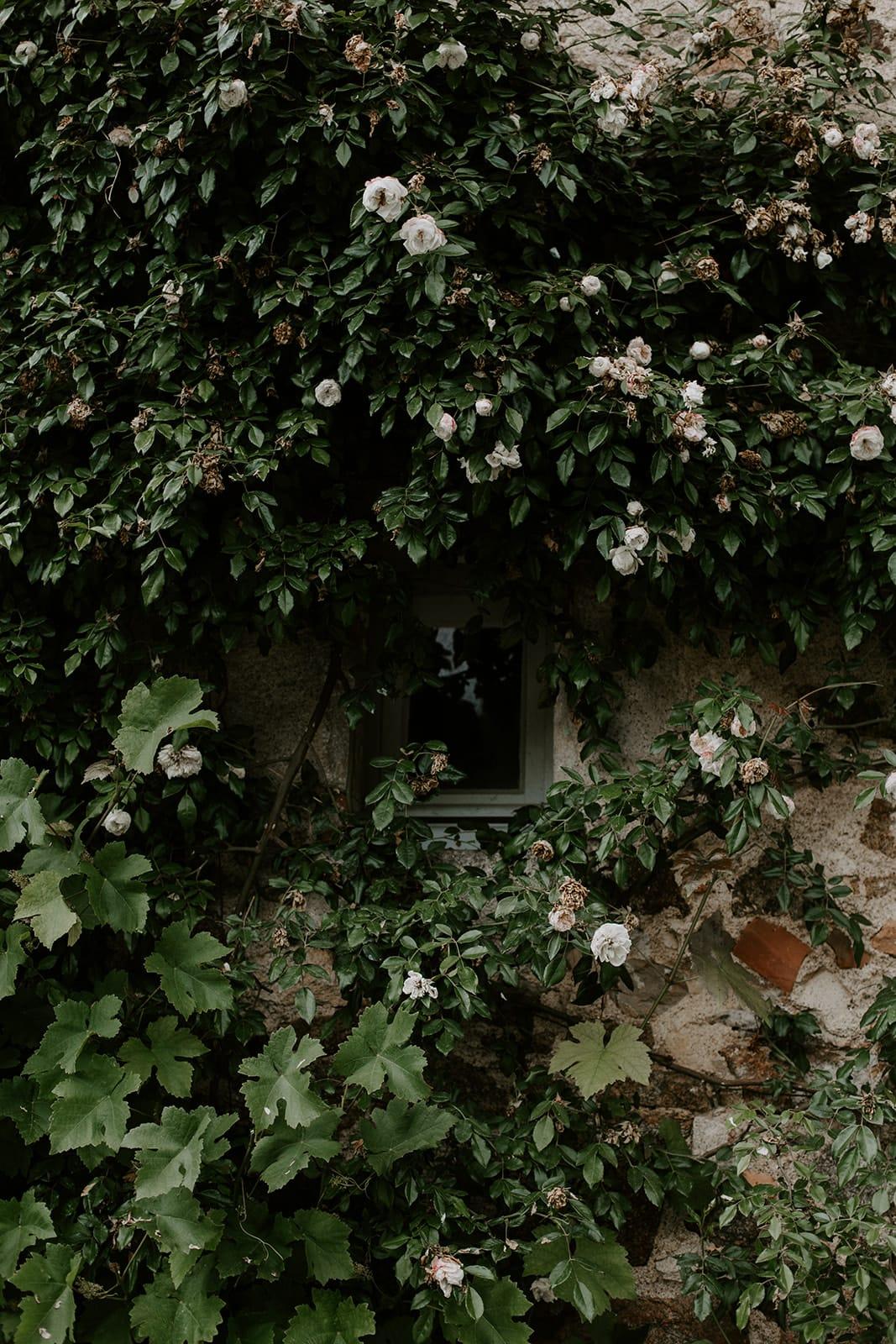 mariage_chateau_la_flocelliere_vendee_flavie_nelly_photographe-170-obonheurdesdames-decoration-mariage-location-vegetal