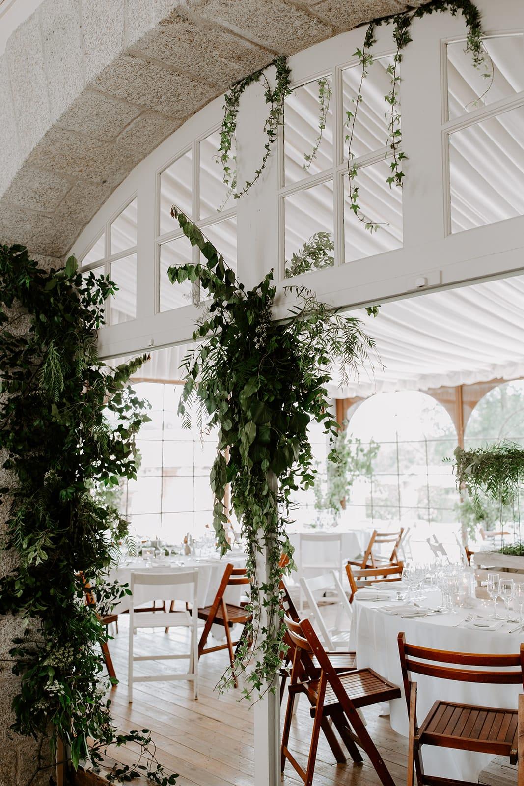mariage_chateau_la_flocelliere_vendee_flavie_nelly_photographe-39-obonheurdesdames-decoration-mariage-location-vegetal