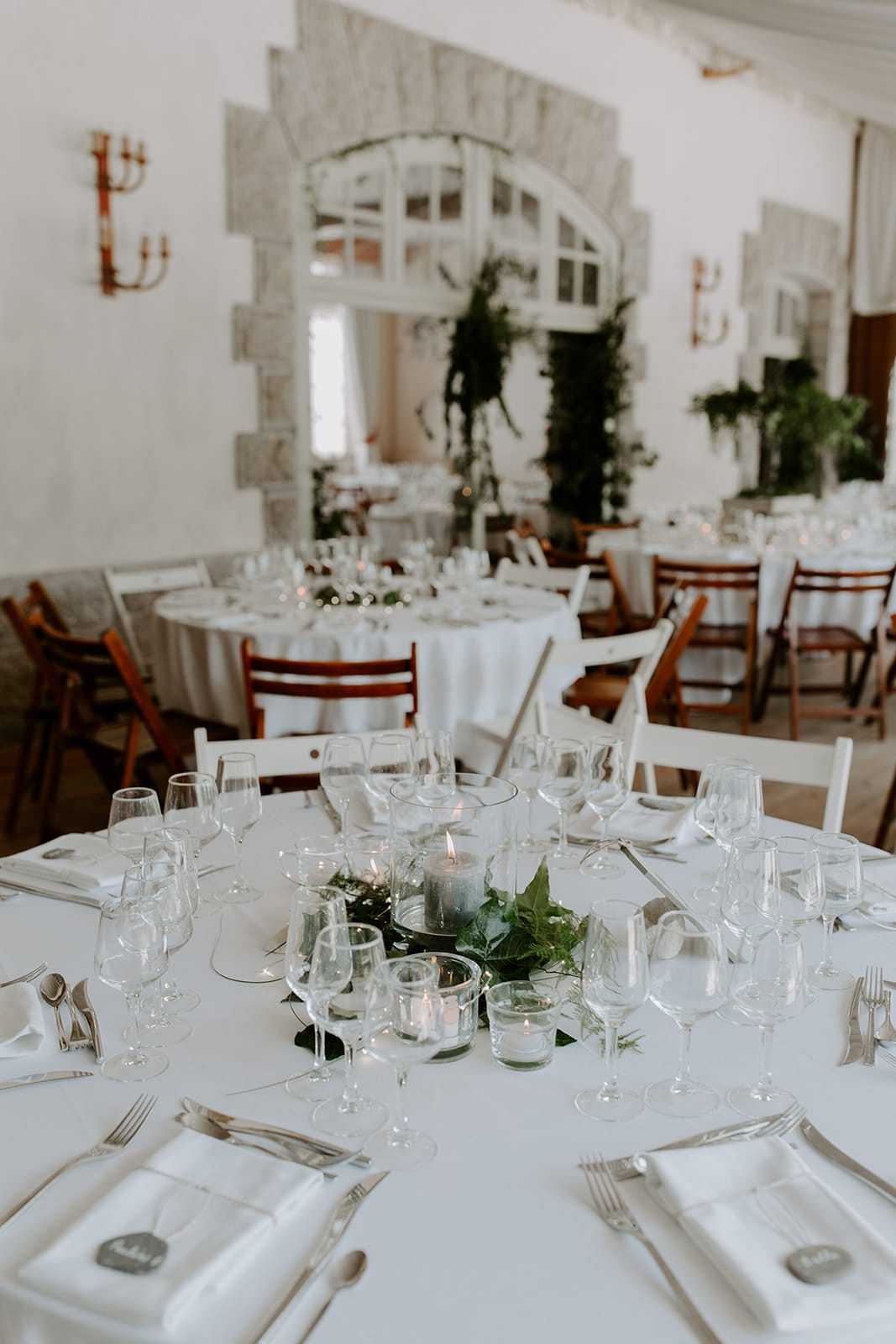 mariage_chateau_la_flocelliere_vendee_flavie_nelly_photographe-45-obonheurdesdames-decoration-mariage-location-vegetal
