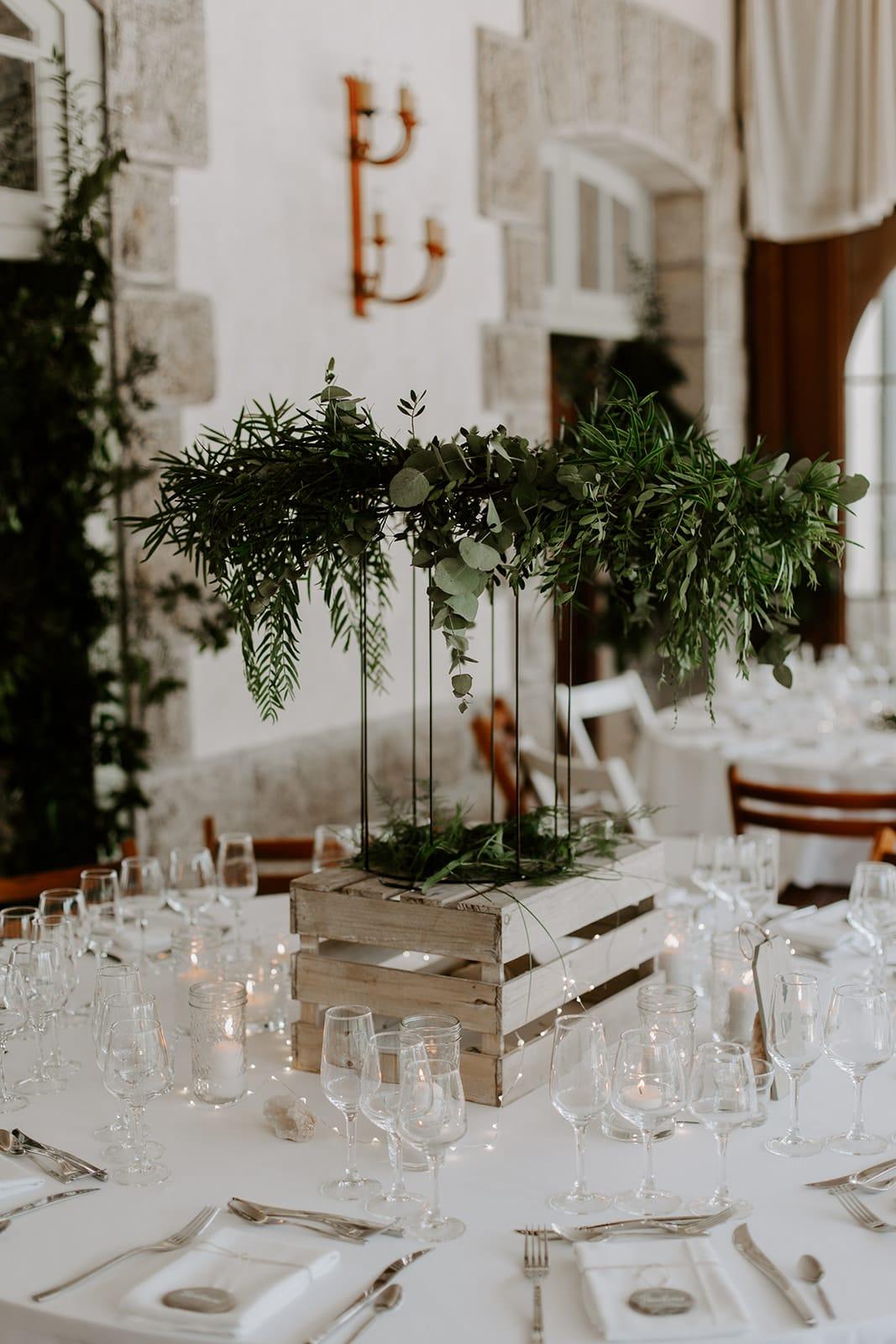 mariage_chateau_la_flocelliere_vendee_flavie_nelly_photographe-46-obonheurdesdames-decoration-mariage-location-vegetal