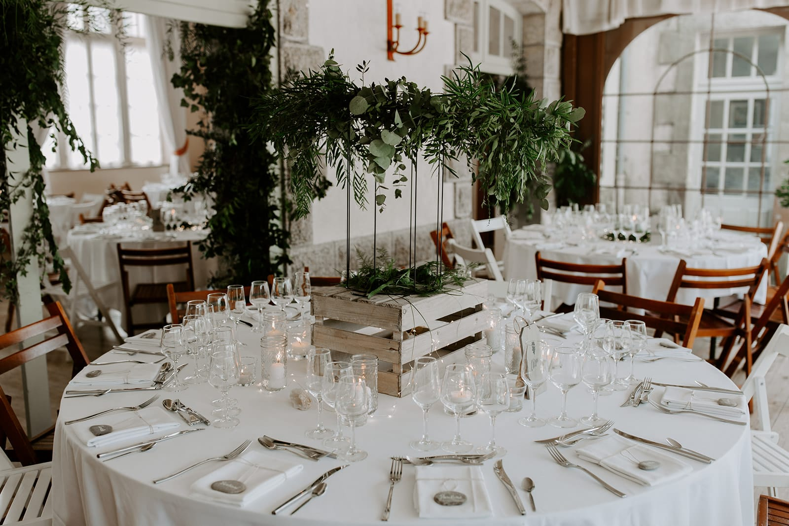 mariage_chateau_la_flocelliere_vendee_flavie_nelly_photographe-48-obonheurdesdames-decoration-mariage-location-vegetal