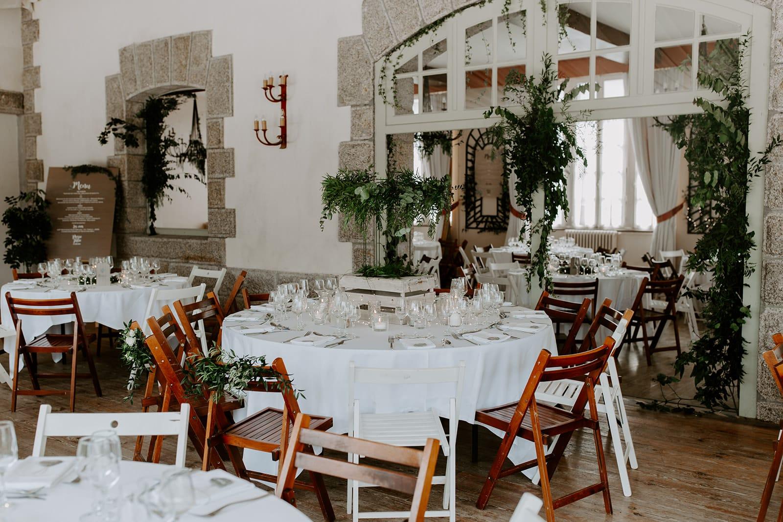mariage_chateau_la_flocelliere_vendee_flavie_nelly_photographe-51-obonheurdesdames-decoration-mariage-location-vegetal