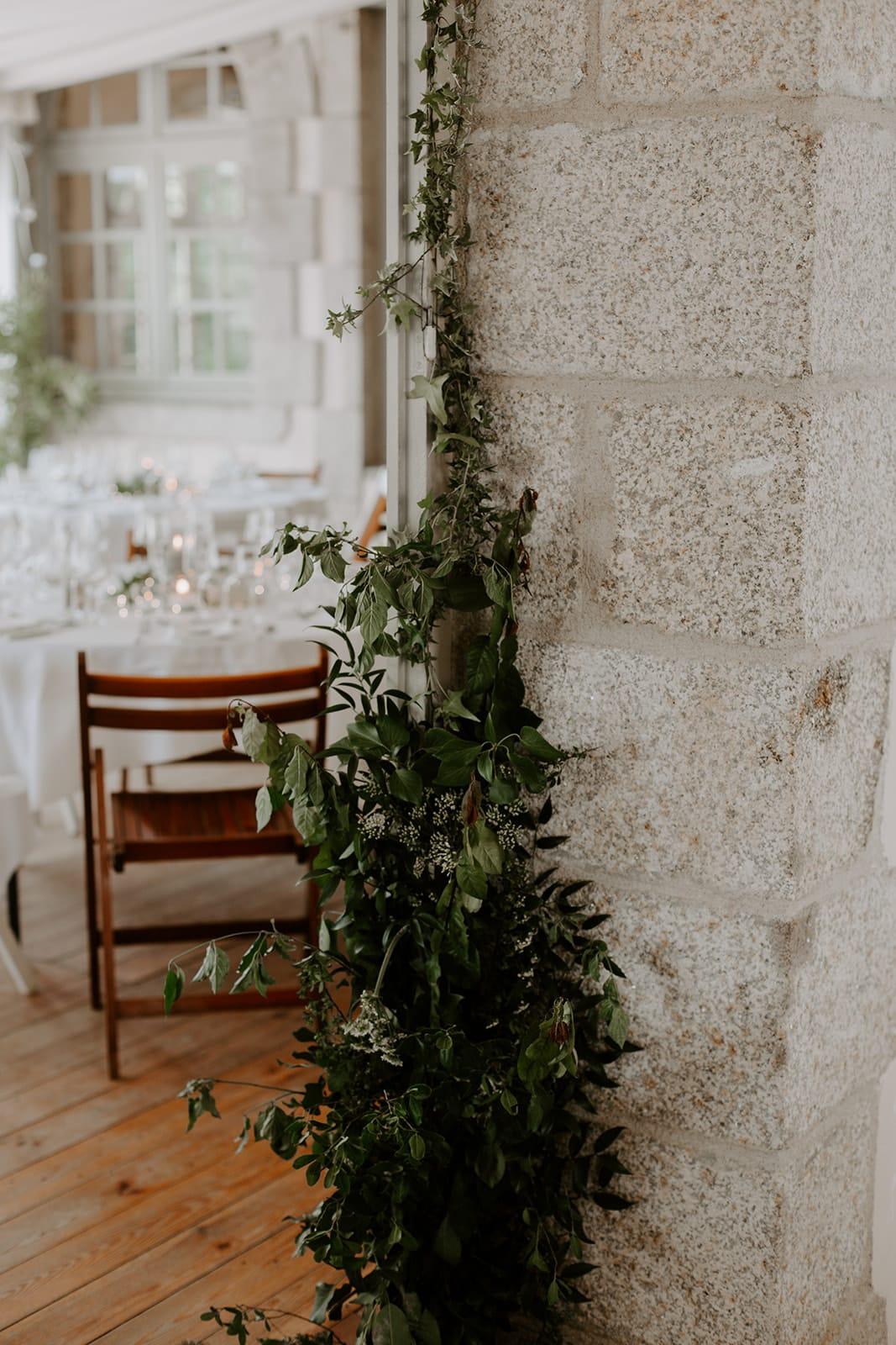 mariage_chateau_la_flocelliere_vendee_flavie_nelly_photographe-53-obonheurdesdames-decoration-mariage-location-vegetal