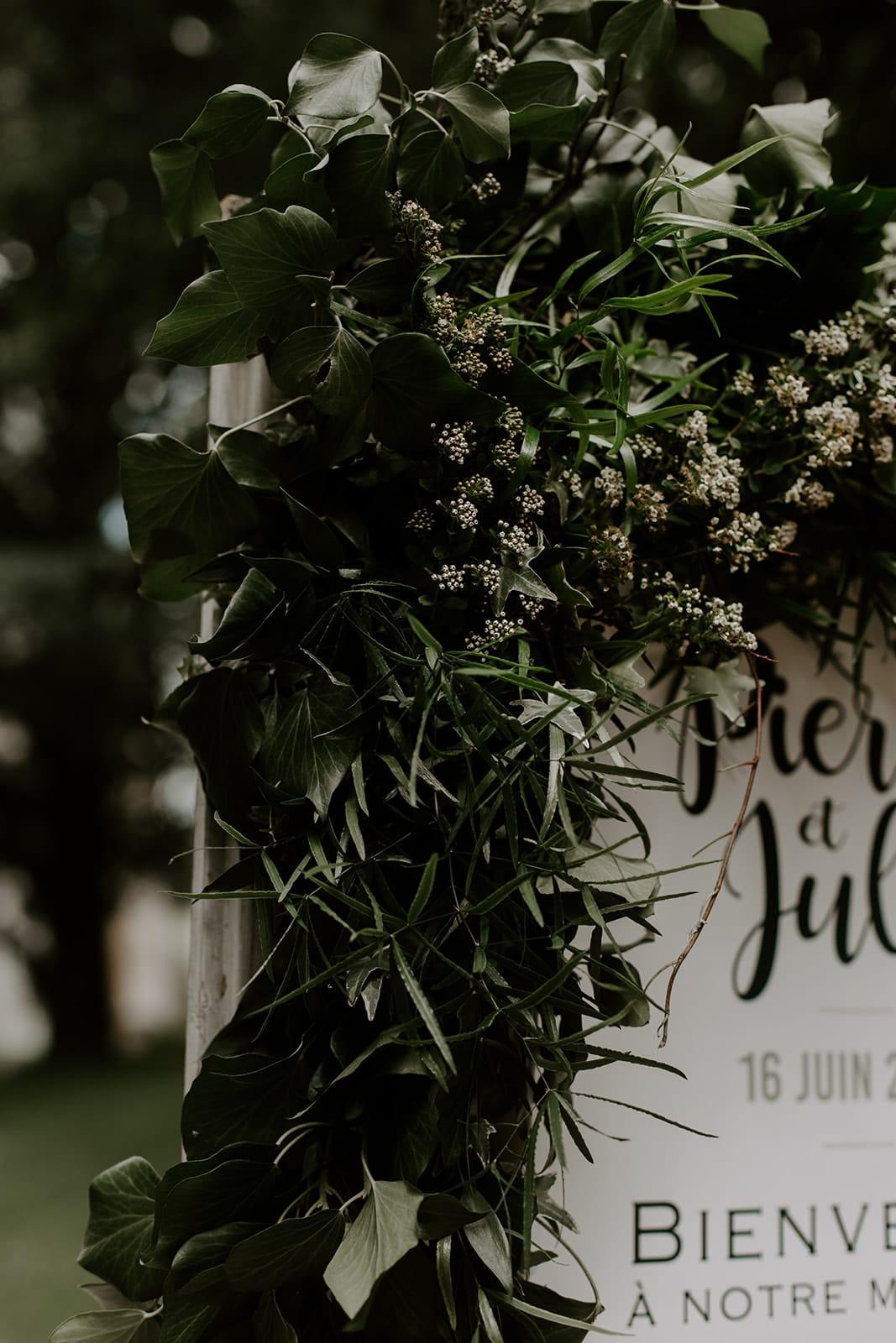 mariage_chateau_la_flocelliere_vendee_flavie_nelly_photographe-77-obonheurdesdames-decoration-mariage-location-vegetal