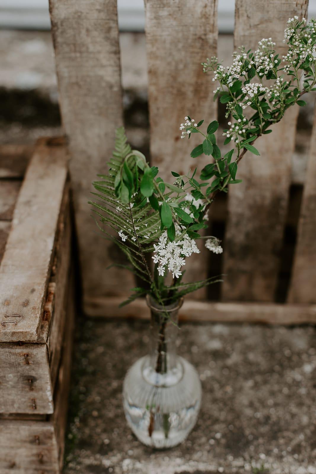 mariage_chateau_la_flocelliere_vendee_flavie_nelly_photographe-91-obonheurdesdames-decoration-mariage-location-vegetal